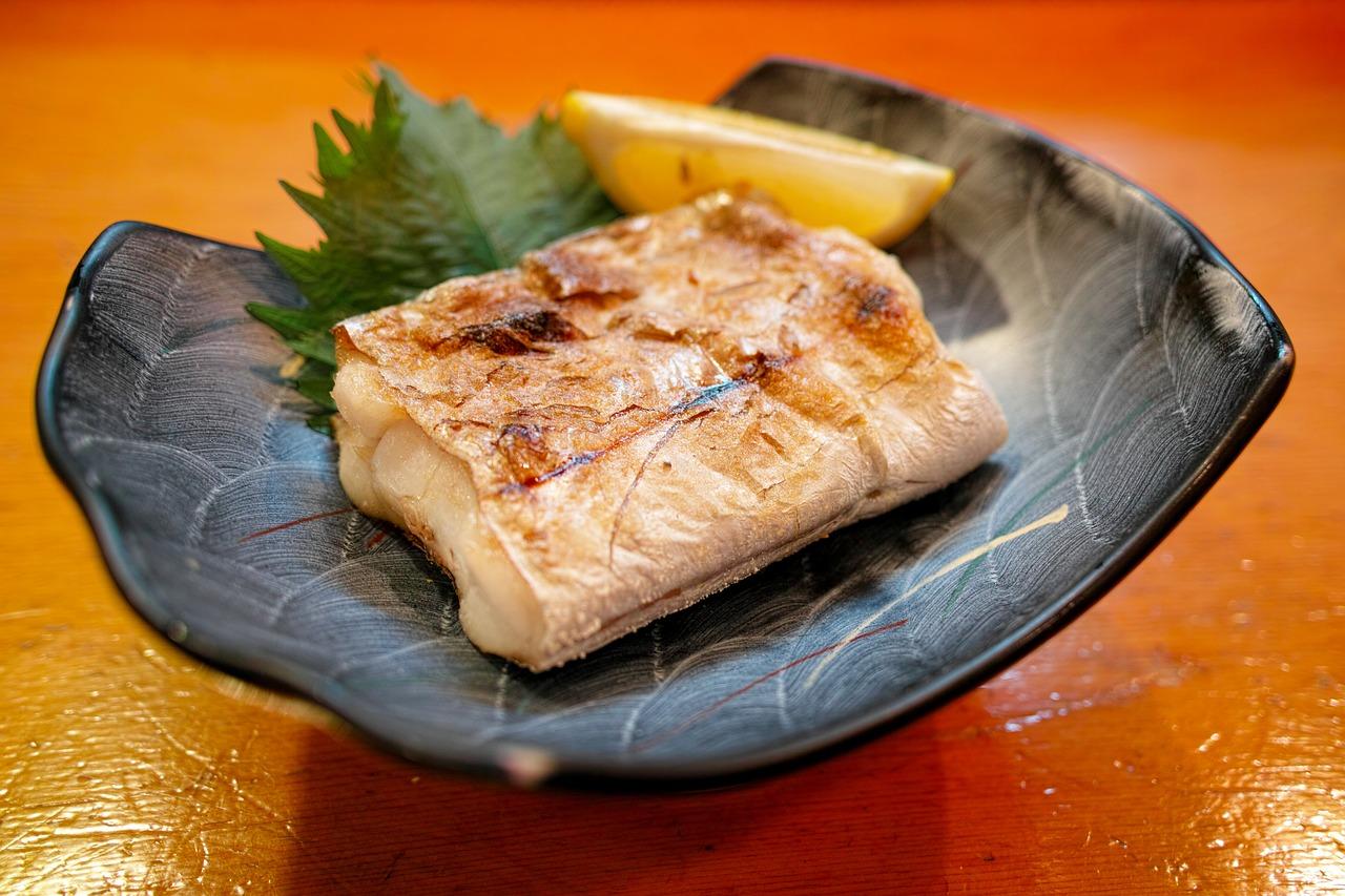 פילה דג לבן עם פטריות